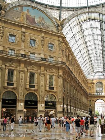 Galleria Vittorio Emanuelle shopping centre - Milan, Italy